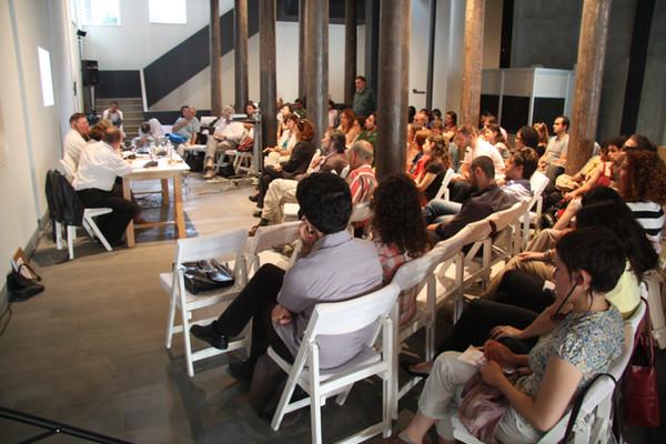 Debates on Tour Istanbul.JPG