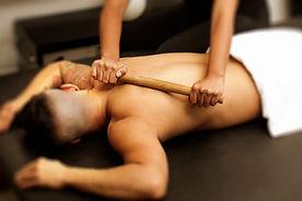 Massagem com Bamboo em Homens - Bambooterapia Copacabana - SPA H RIO - Massagem masculina