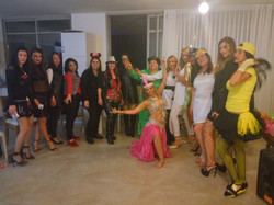 במסיבת רווקות