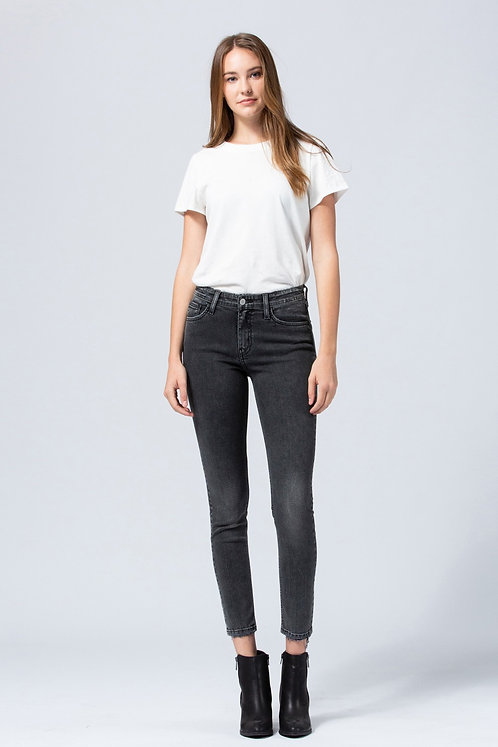 mid-rise fade wash skinnies