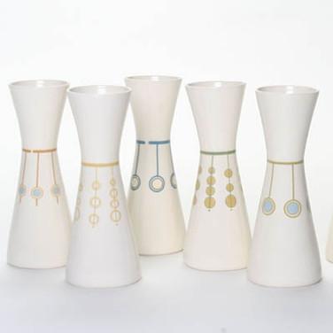 5 Vases square.jpg