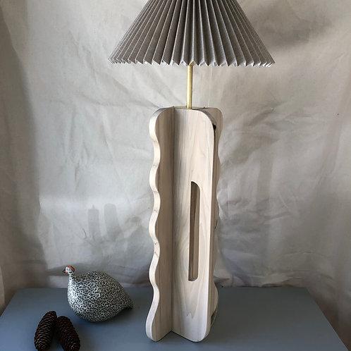Wavy Tall Lamp