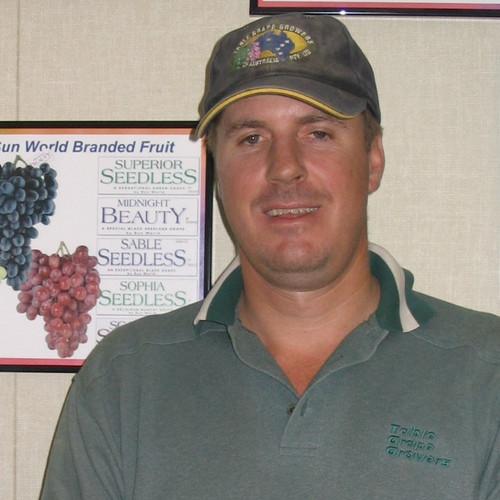 Piet Brand Grape Intern 2007b.jpg