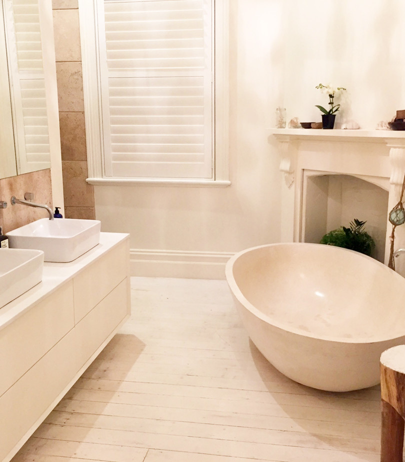 Mark Tuckey stool - Stone bath