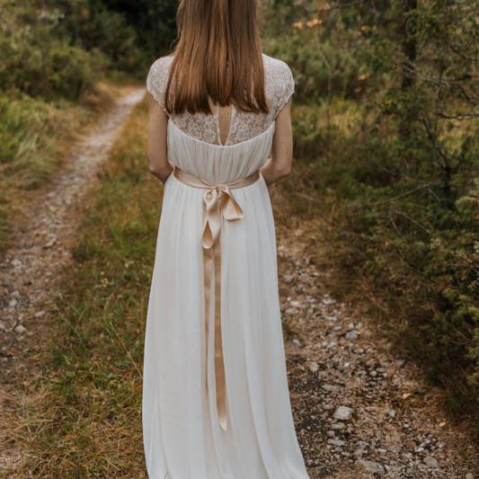 Bezaubernde Braut
