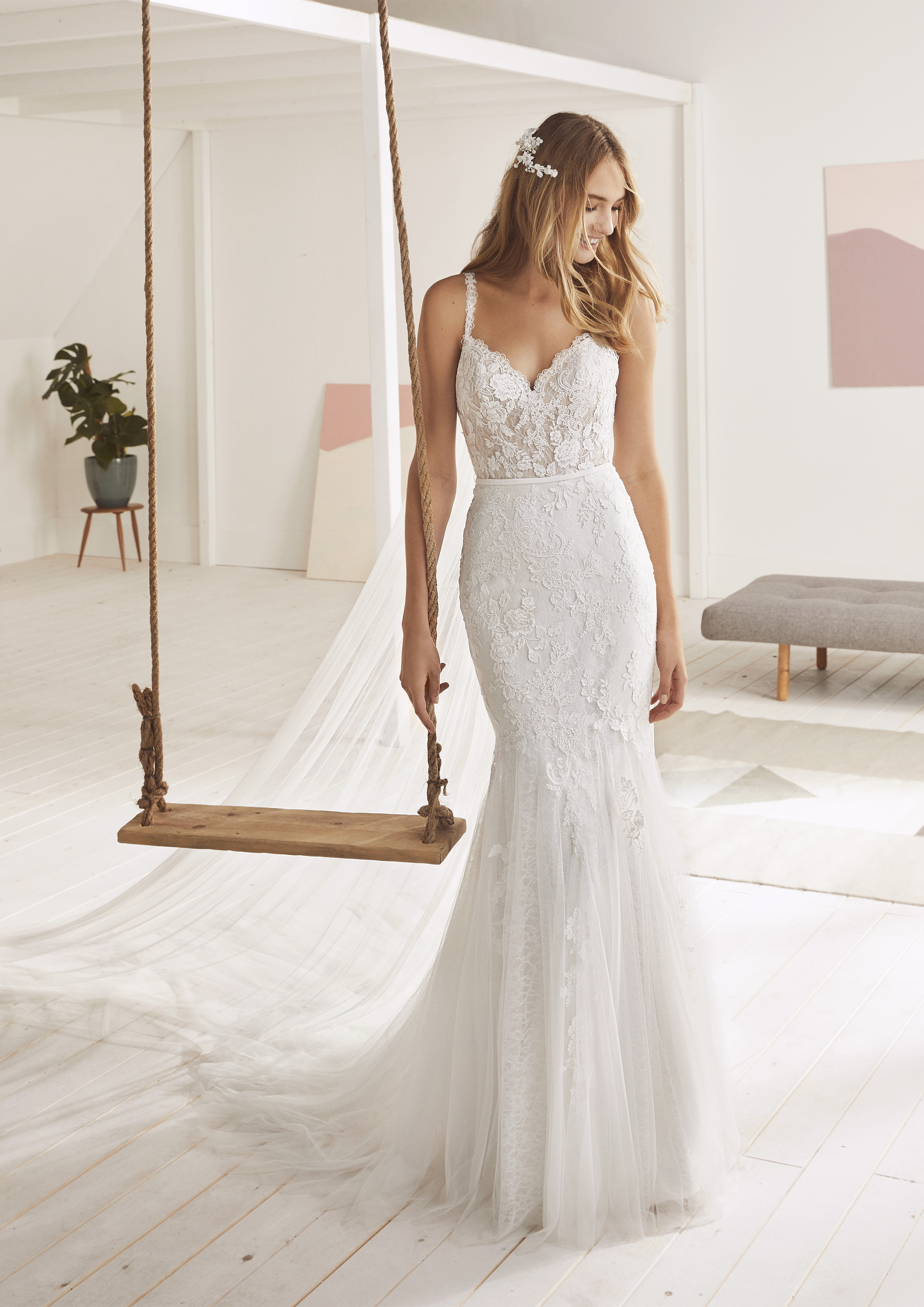 Pronovias White One Obelia £1,150