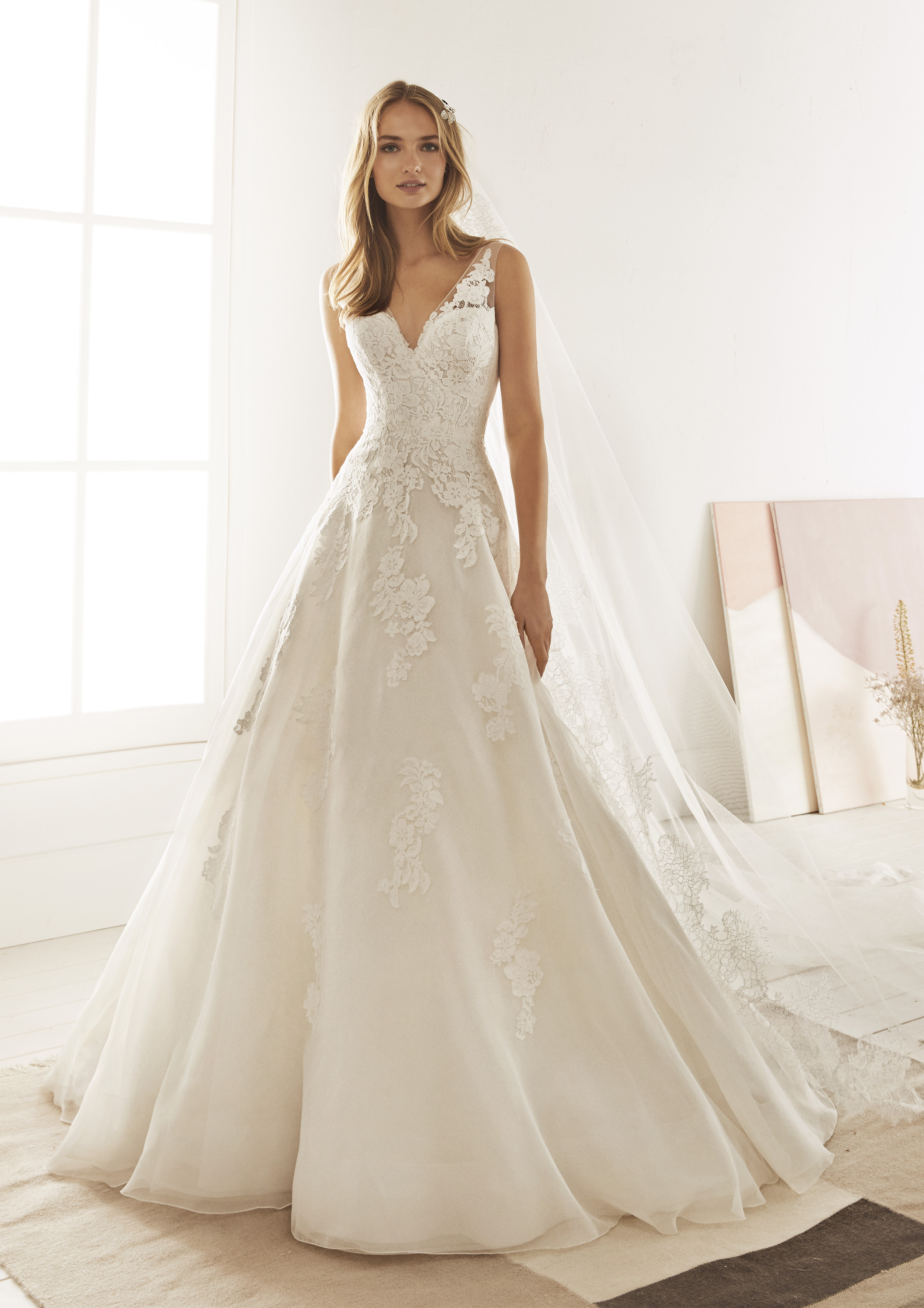 Pronovias White One Olivenza £1,200
