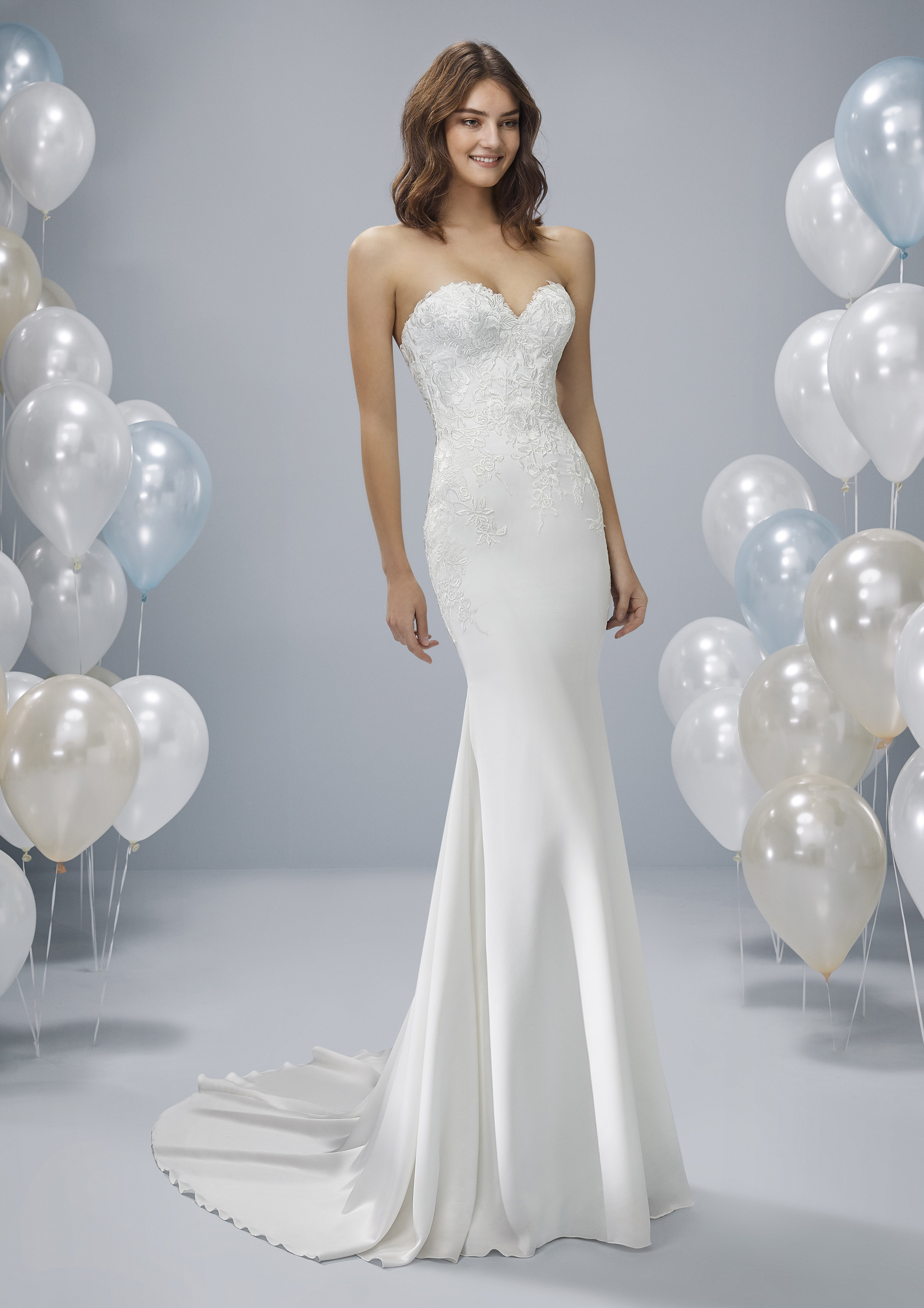 Pronovias White One Oney £1,150