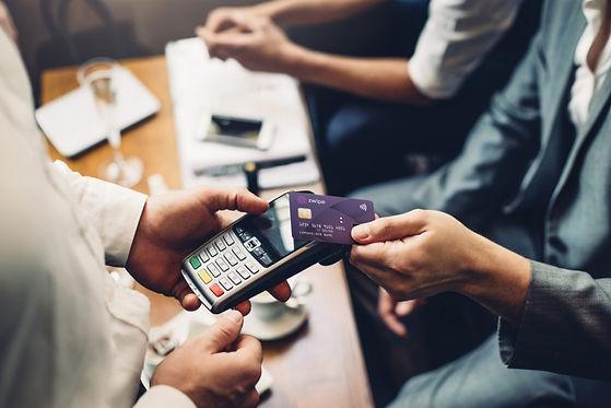 zwipe-biometric-payment-card-1024x683.jp