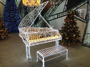 LED Grand Piano