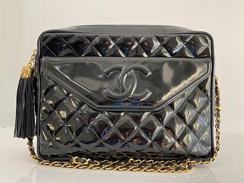 AUTHENTIC CHANEL VINTAGE PATENT CAMERA BAG IN BLACK WITH GOLD HARDWARE