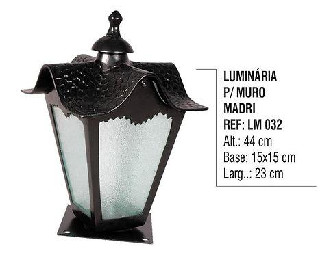 Luminária Colonial para Muro Madri em Alumínio e Vidro LM 032