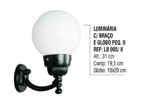 Luminária Globo Pequena 2 com Braço Externa Alumínio 31cm