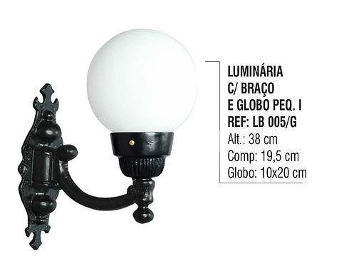 Luminária Globo Pequena 1 com Braço Externa Alumínio 38cm