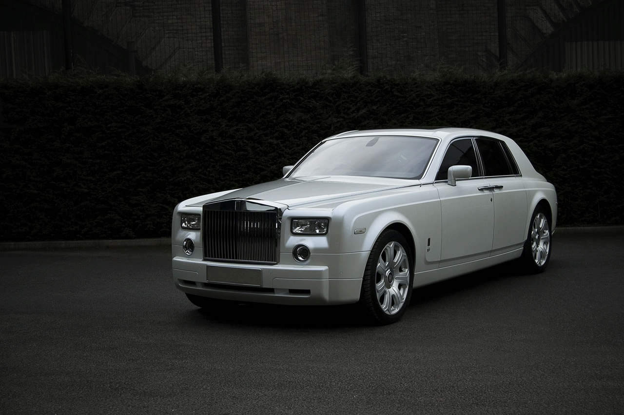Rolls Royce Phantom - White
