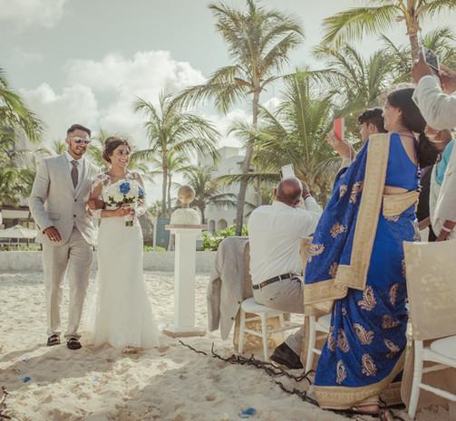 BRIDE WALKING AISLE