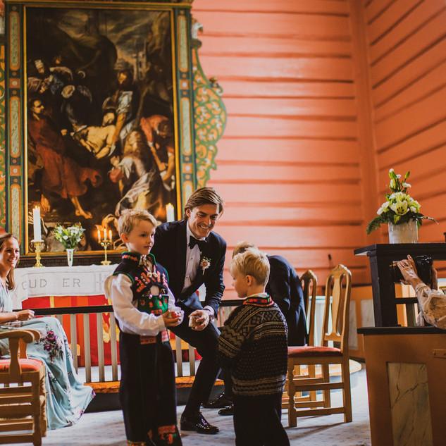 Bryllup Valle Kirke Setedal Rygnestad Gloppefossen Fotograf Iselinn Andersen