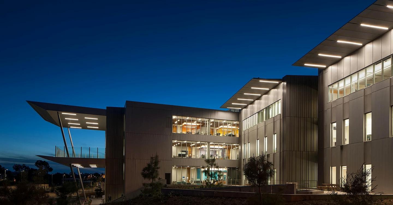 UCSD Koman Family Outpatient Pavilion