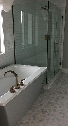 #bathroom #quality #reno #porcelain #Edmonton #tile #AB #shower #Ceramic # custom #shower #renovation #alberta #canada #installation #professional #yeg #yegtiles #affordable #construction