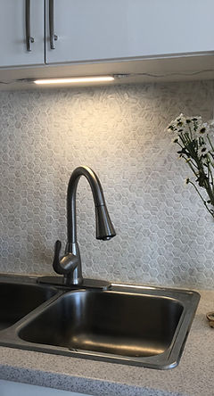 #kitchen #backsplash #quality #splash #mosaic #glass #stone #reno #porcelain #Edmonton #tile #AB #shower #Ceramic # custom #shower #renovation #alberta #canada #installation #professional #yeg #yegtiles #affordable #construction