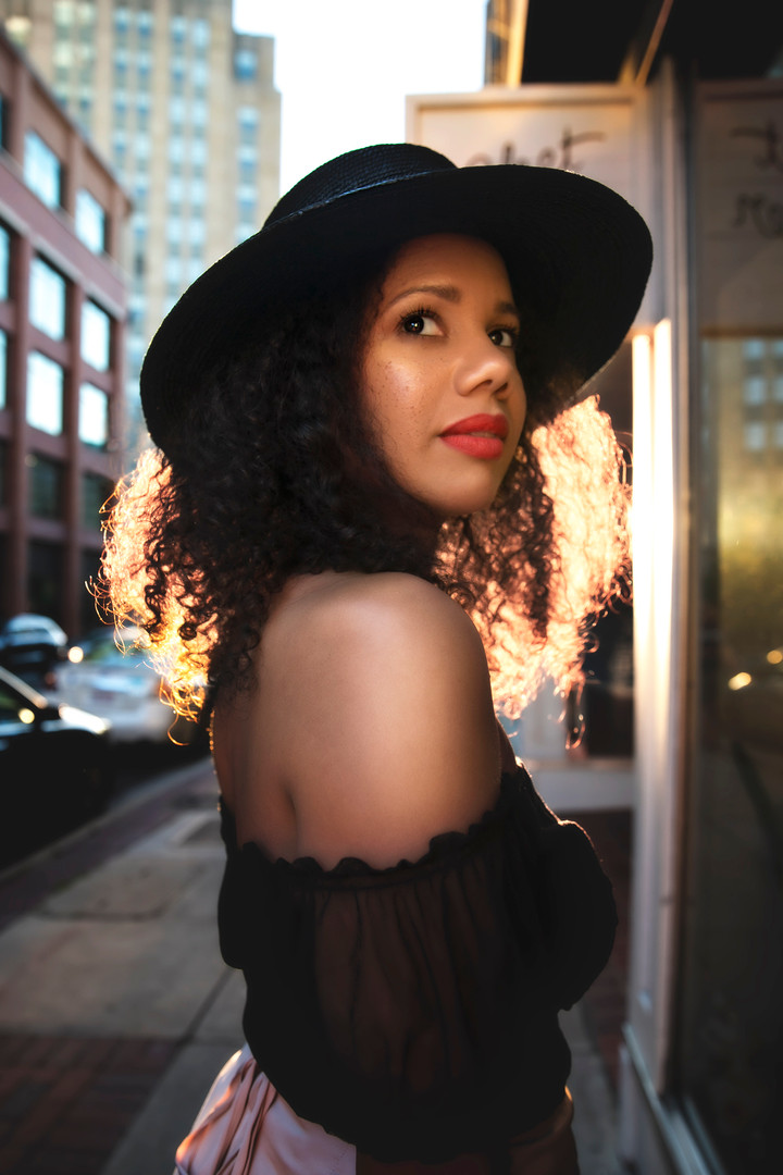Nicole Burgess [actress]