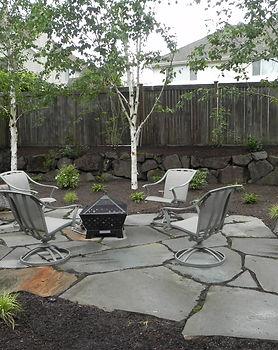 backyard-landscaping-cheap-fire-pit-idea