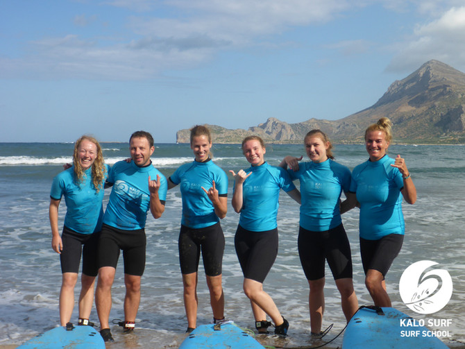 Surfing in Crete, we surf the Reef