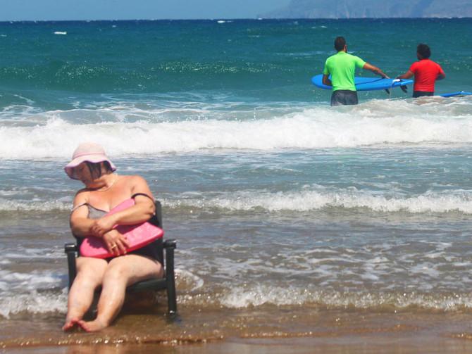 Everybody Enjoys The Beach in Kissamos