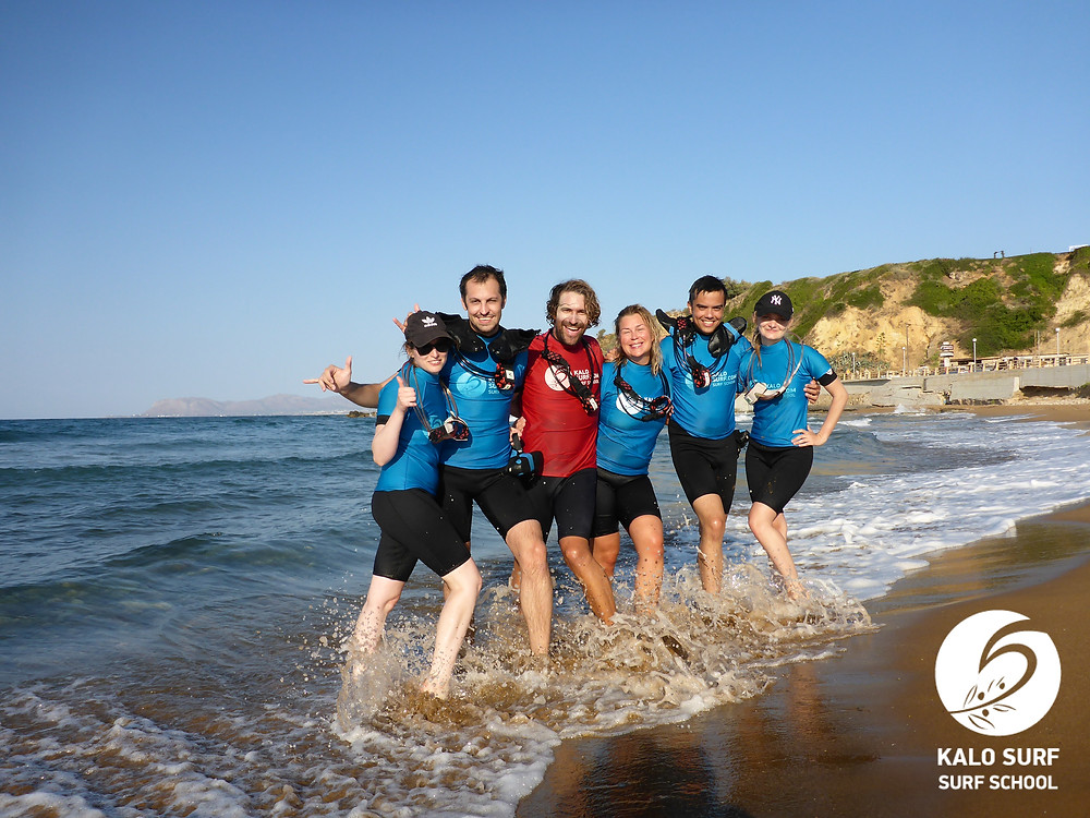 surfing in Crete, group picture, surf course