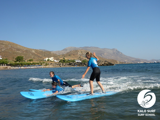 Surfcourse with the Family in Crete