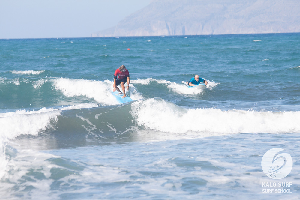 intermediate surf lesson Greece, take off