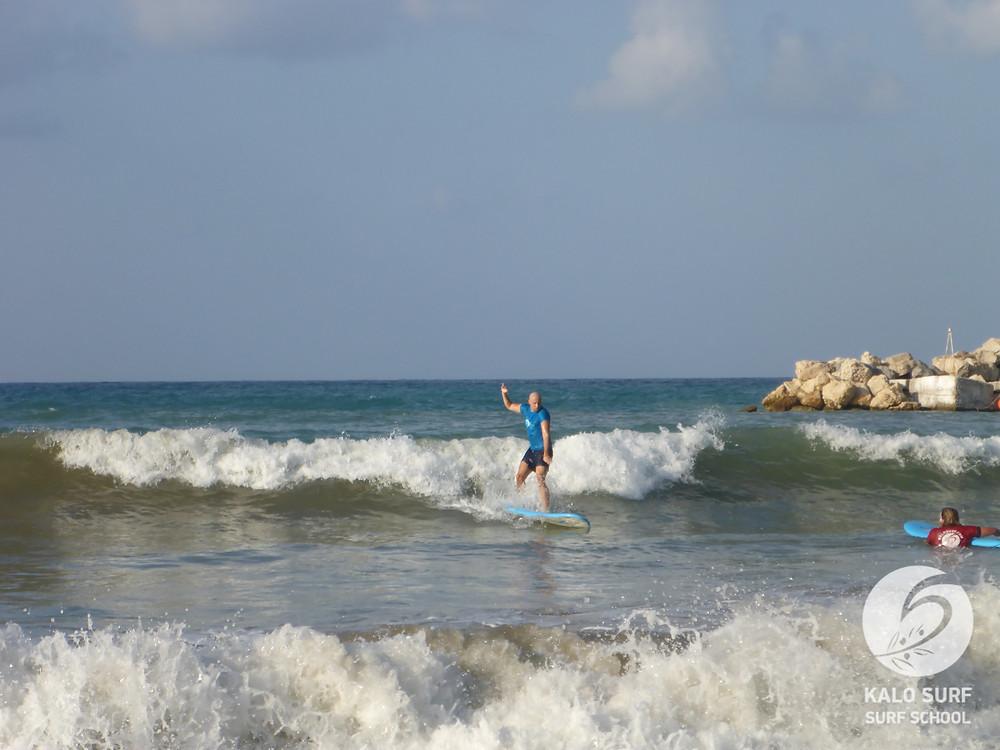 Wellenreiten auf Kreta, Weißwasser und grüne Welle