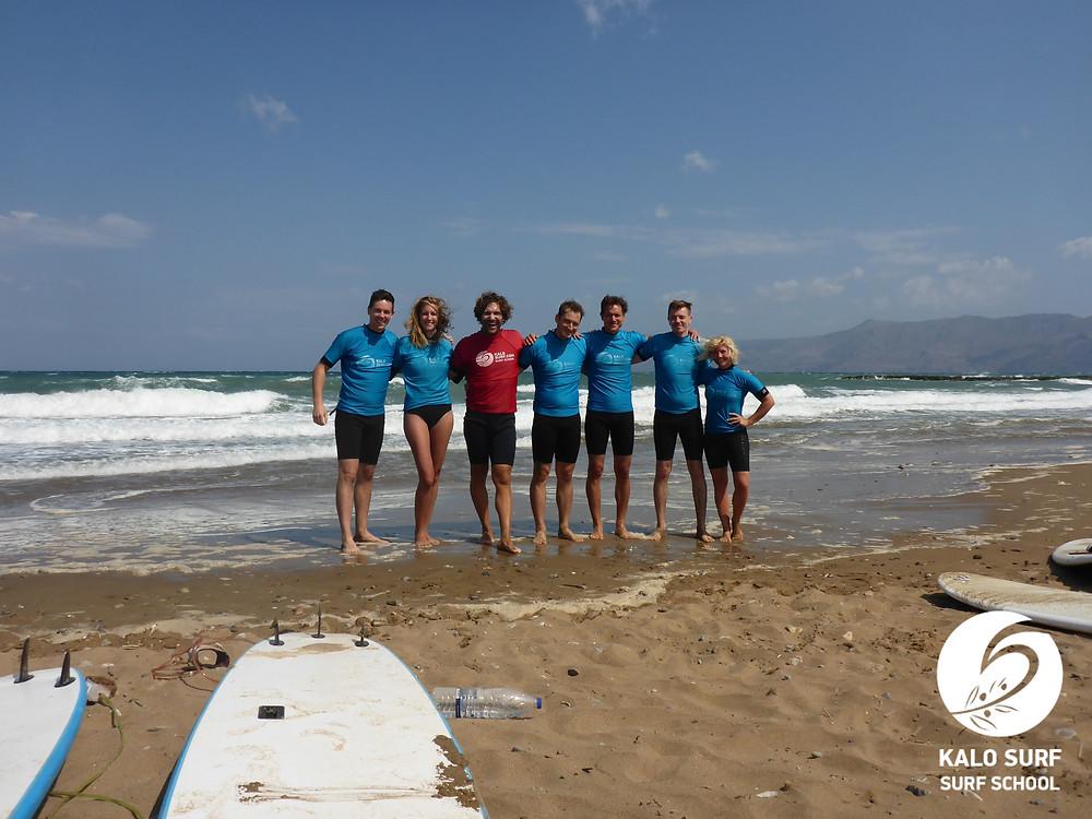 surf lesson, group picture, surfboard Crete