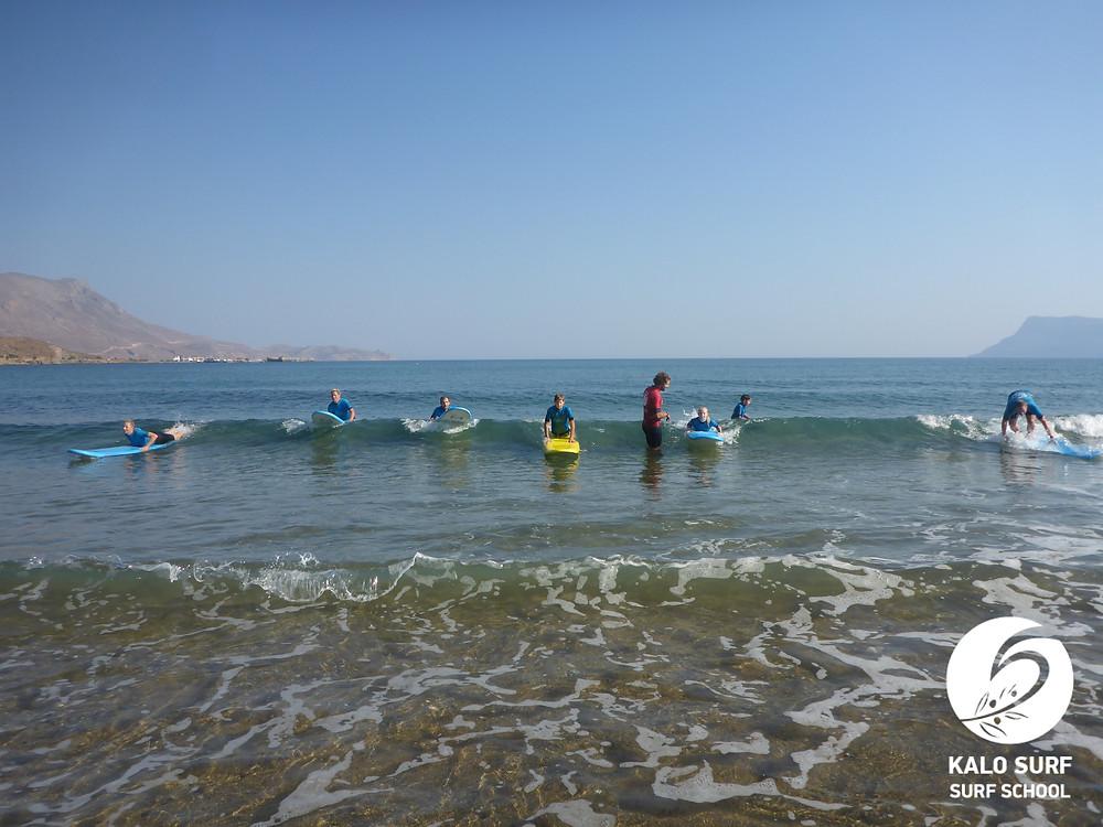 Gruppenkurs Wellenreiten, Kreta, Surfbrett