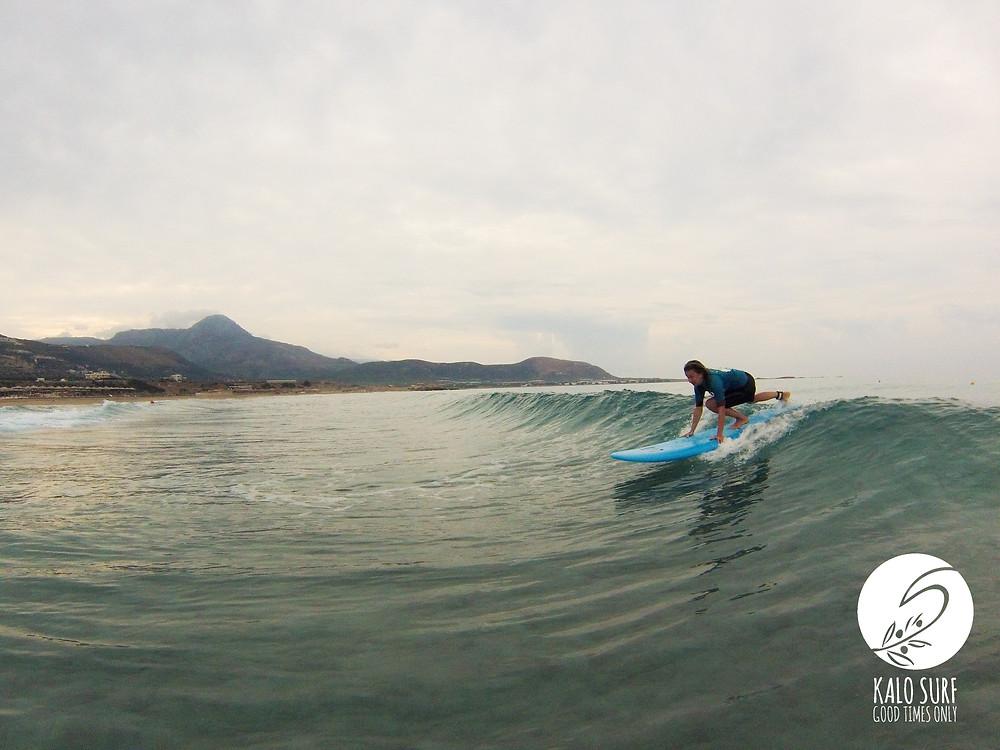 surfen in falassarna, beach break, surfer, ocean, wave, nature, mountain