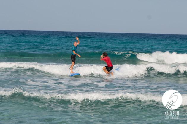 Wellenreiten im September auf Kreta mit Kalo Surf