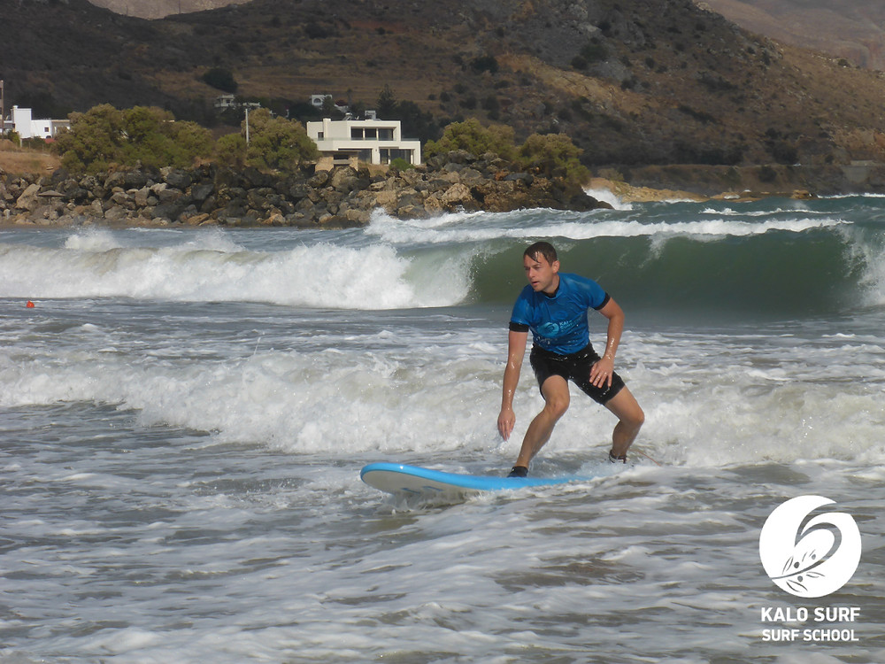 waves in Kissamos, Crete, Surfing, Surf lesson