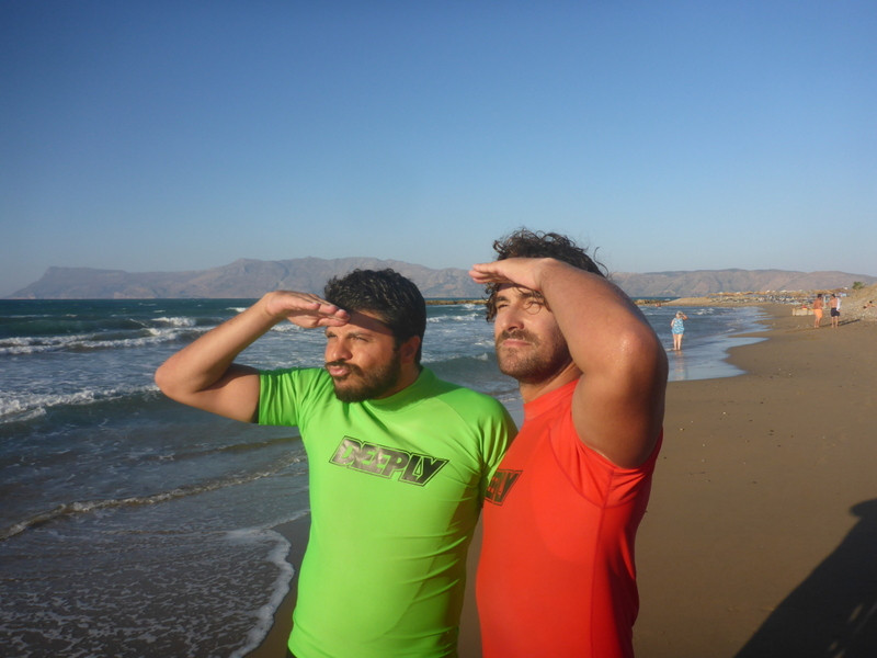 Andy and surfstudent are looking for waves