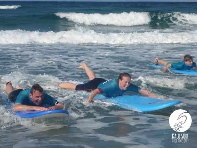 wellenreiten, lachen, surfbretter, Familiensurfen