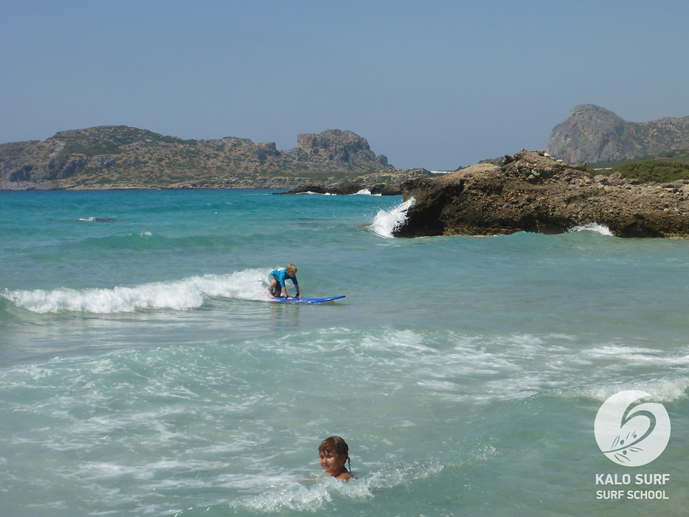 Kindersurfkurs Wellenreiten Kreta