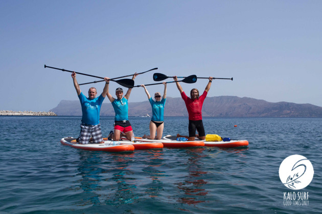 Group picture Stand up paddleing in Kissamos