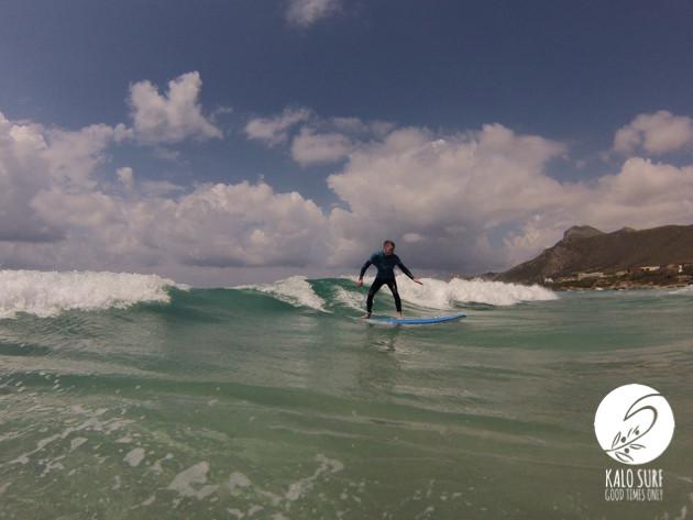 surfer Falassarna Kreta Sonne Wellen