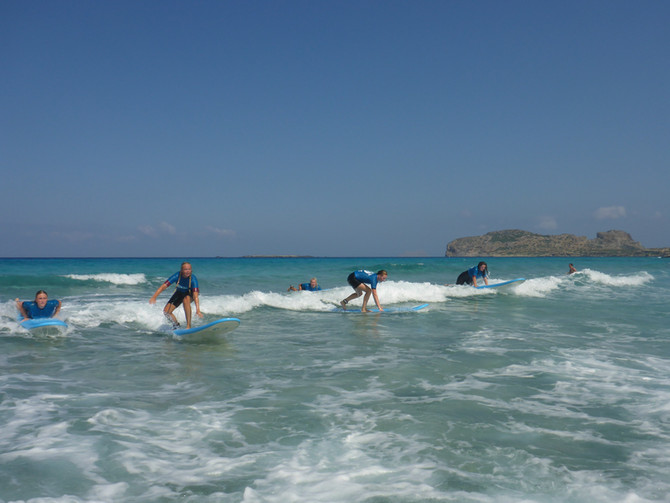 Summer surf lessons in Kissamos, Crete with Kalo Surf