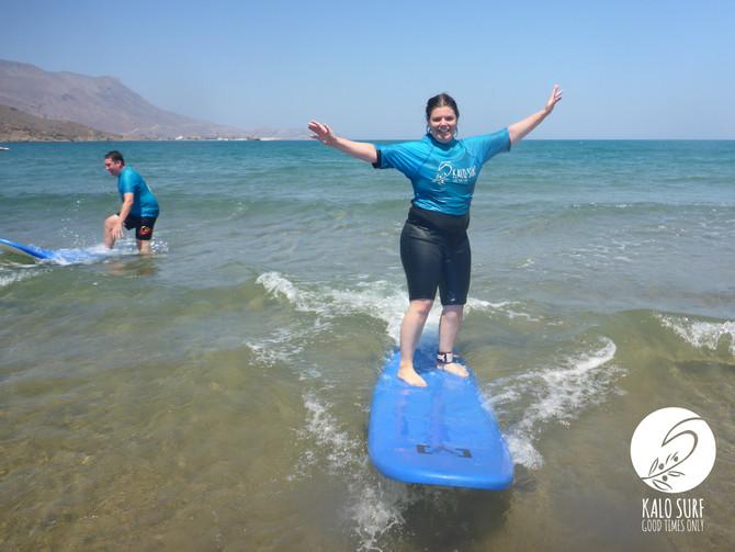 Surfen am Strand von Kissamos