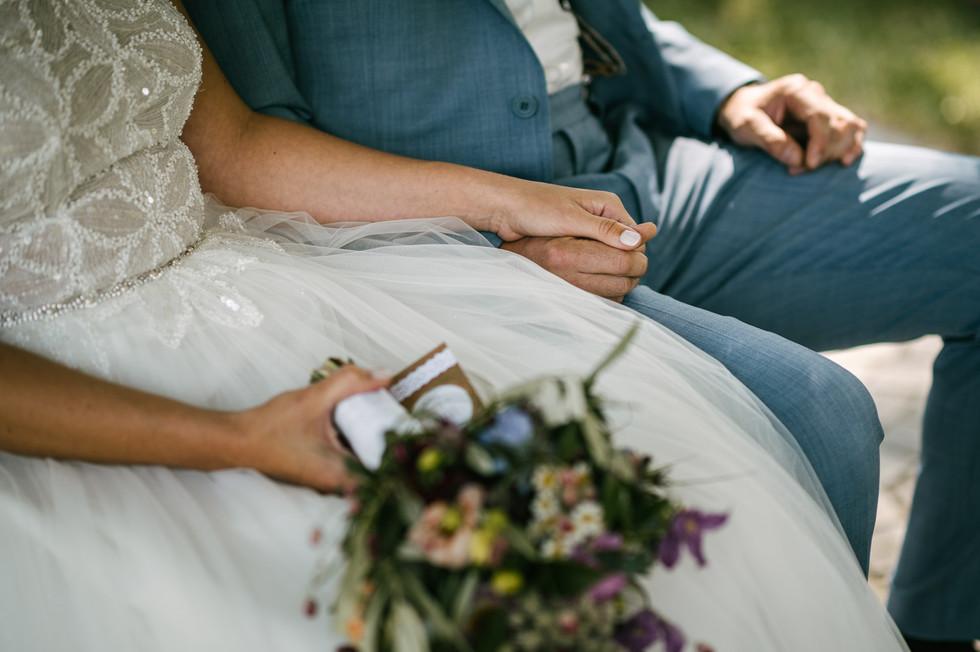 Hochzeitsfotograf_Zwenkau-Standesamt32.jpg