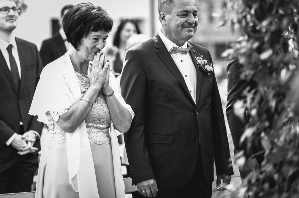 Hochzeitsfotograf_Zwenkau-Standesamt43.jpg
