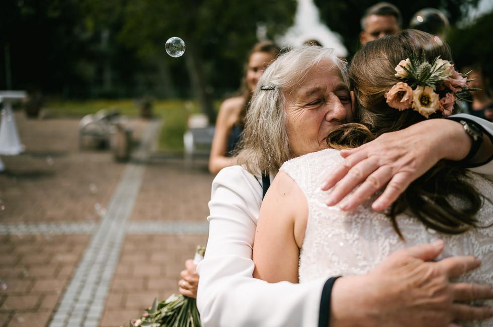 Hochzeitsfotograf_Zwenkau-Standesamt49.jpg