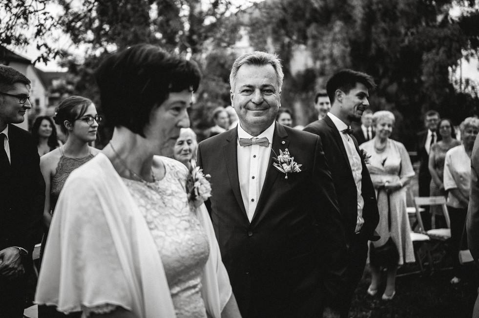 Hochzeitsfotograf_Zwenkau-Standesamt24.jpg