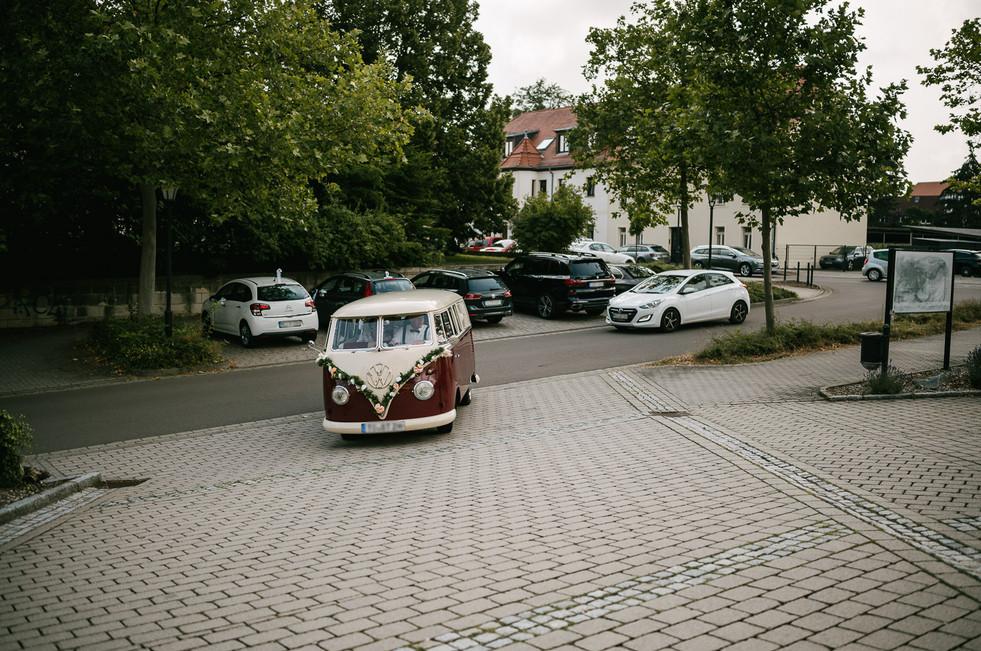 Hochzeitsfotograf_Zwenkau-Standesamt10.jpg