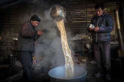 Bhutan-Tea-making